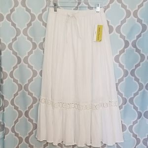 Cathy Daniels Gauze Skirt with Lace Accent…